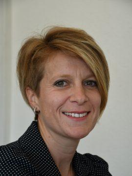 Stéphanie Decroux comptable, gestion RH et achats