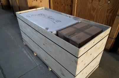 Caisse de bois utilisée lors d'un déménagement à l'international depuis la Suisse